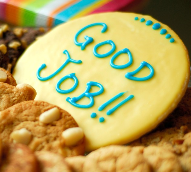 cookie with -good job- words